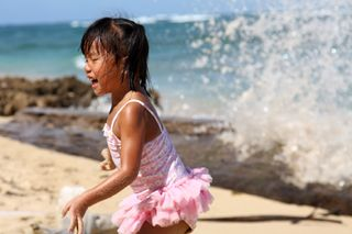 Gwen Running Waves Small